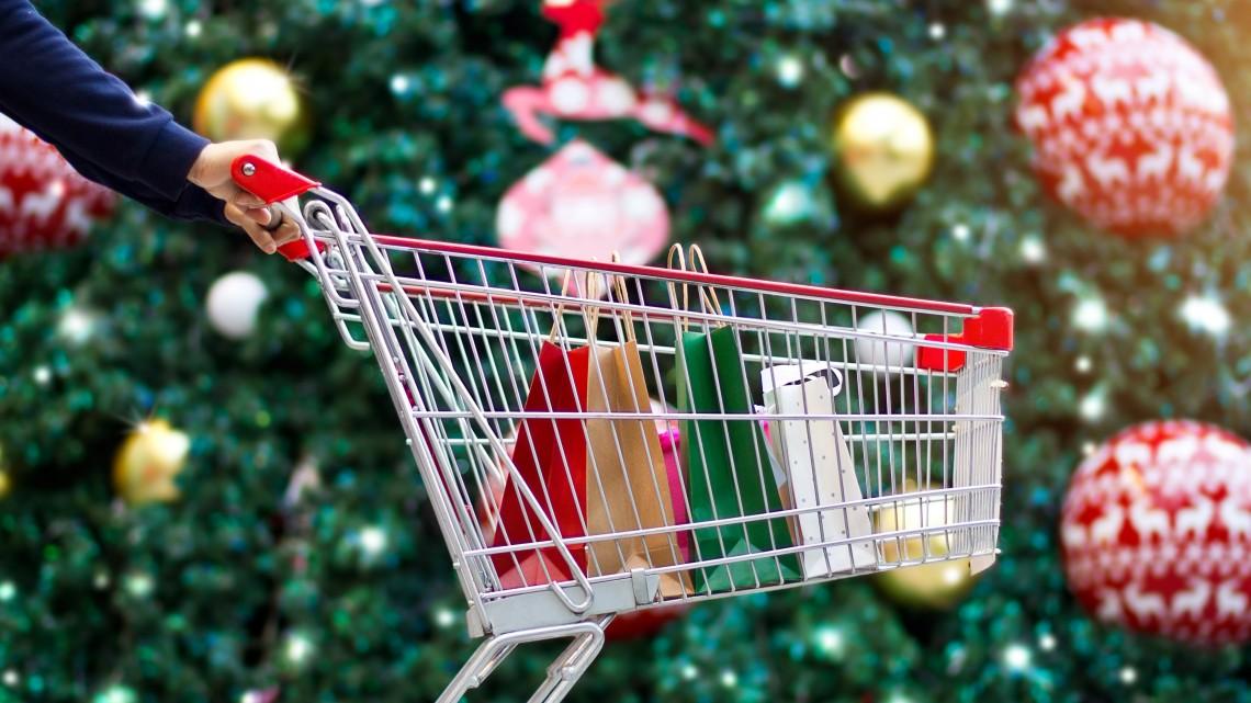 Itt a javaslat: változhat a boltok nyitvatartása karácsonykor