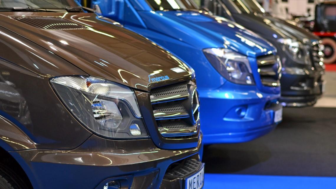 Itt a Mercedes válasza a munkaerőhiányra: rengeteg jelentkezőt várnak