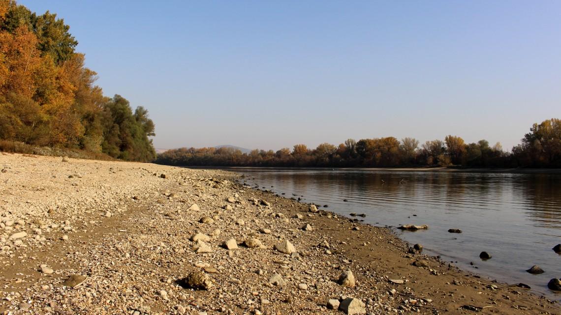 Vége lehet a száraz lábbal átkelésnek a Dunán: jön a megoldás