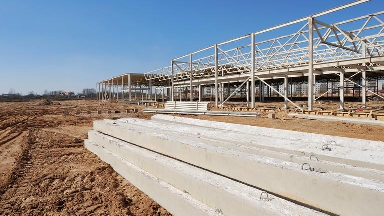 Gigafejlesztés Jánoshalmán: 900 millióból építenek új üzemet