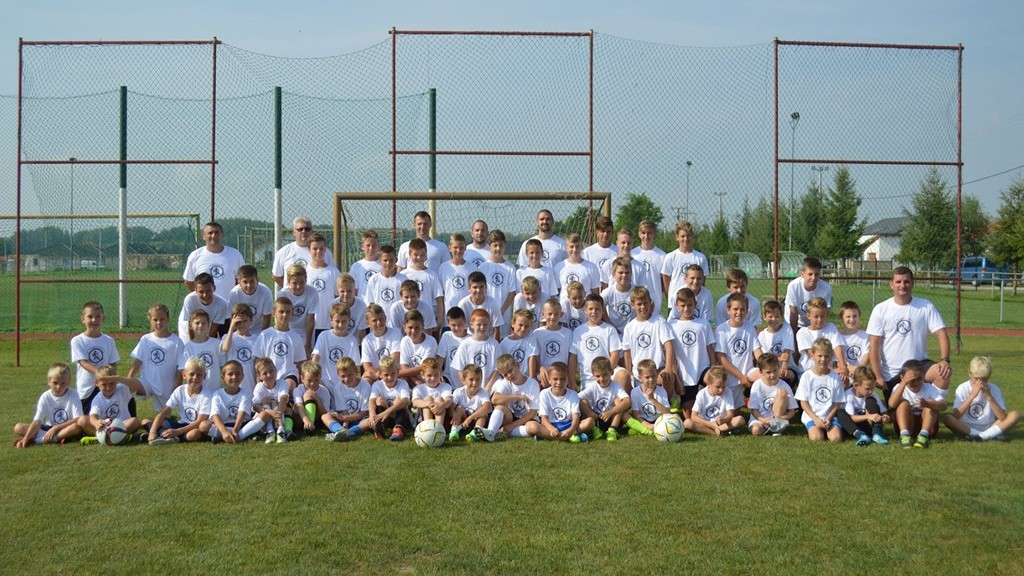 Egy magyar falu, ahol 10 ezer forintot kapnak a gyerekek és az idősek az önkormányzattól