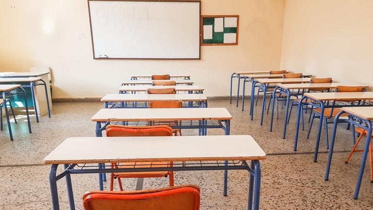 Iskolapad: semmi más nem mentheti meg a magyar kisvállalkozásokat