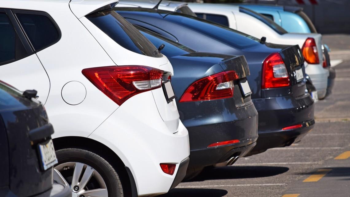 Életveszélyes trükk: sorra csapolják le az autókat benzintolvajok a magyar kisvárosban