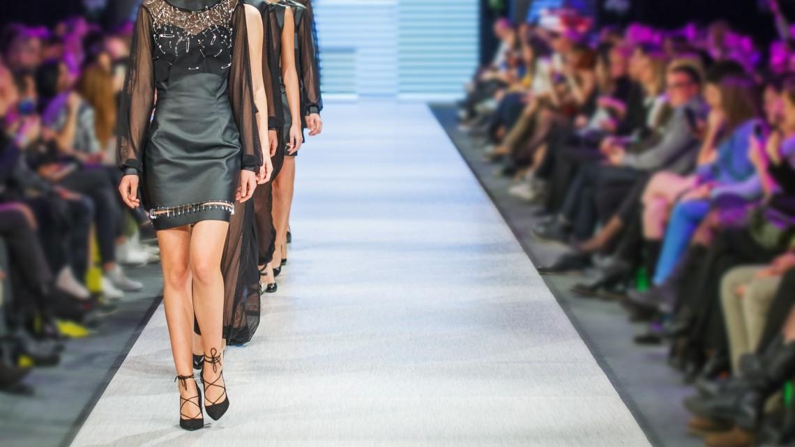 Újabb magyar modell hódíthatja meg a divatipart: elárulta titkát a gyöngyöshalászi szépség