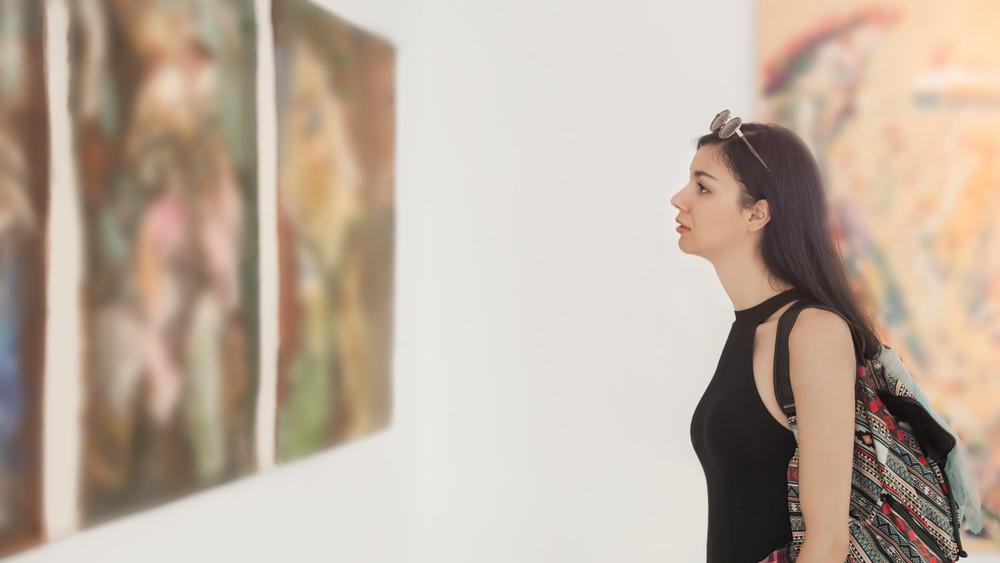 Lázadó fiatal művészek kiállítása kezdődik Kecskeméten