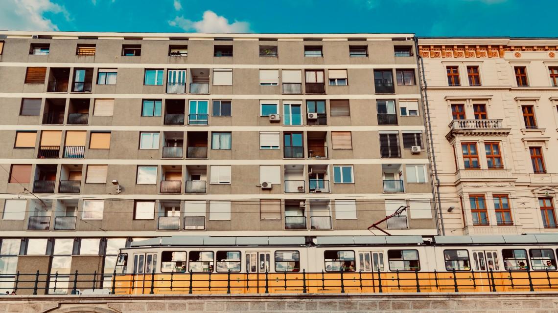 Drágák a lakások, de ez nem zavarja a magyarokat: vidéken is pörög az ingatlanpiac