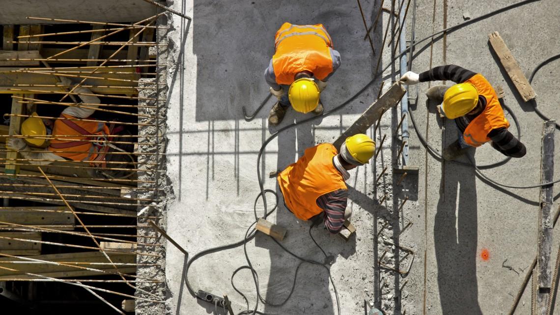 Béremelés: közelítünk a nyugati fizetésekhez az építőiparban