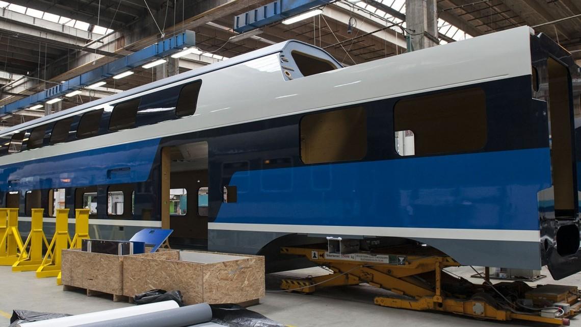 Új távlatok a MÁV-nál: megérkeztek az emeletes vonatok