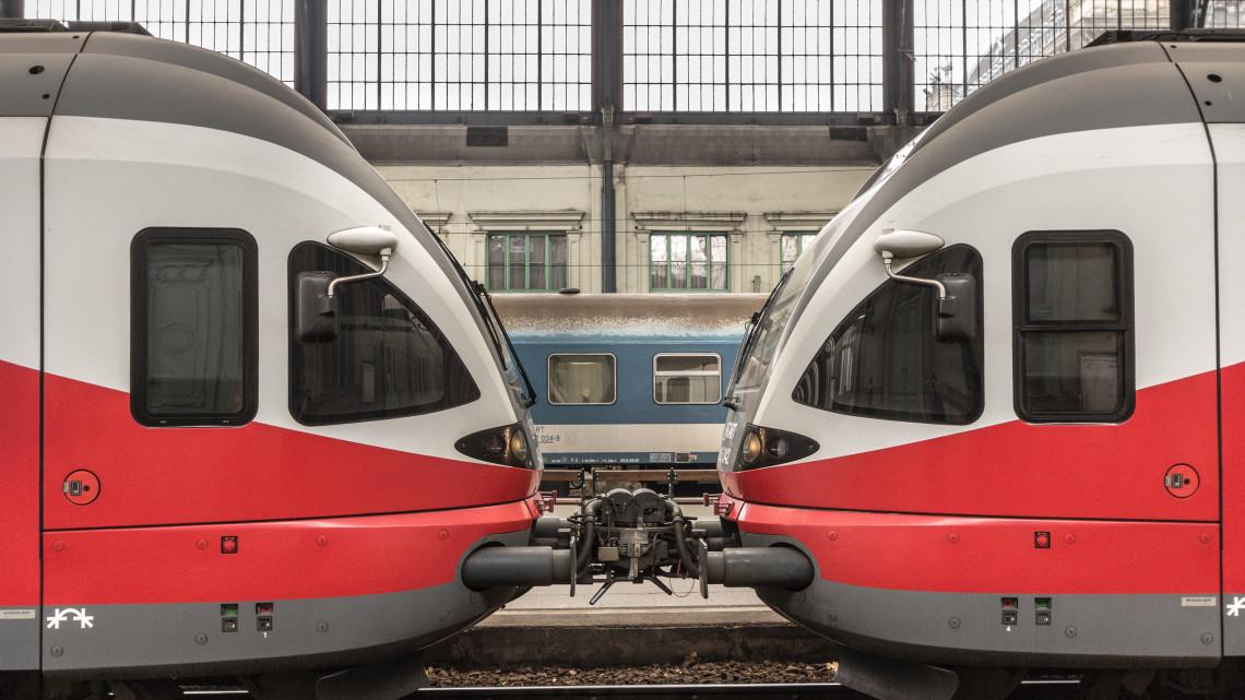 Imádják az utasok a MÁV kísérleti jellegű szolgáltatását: Te utaztál már vele?