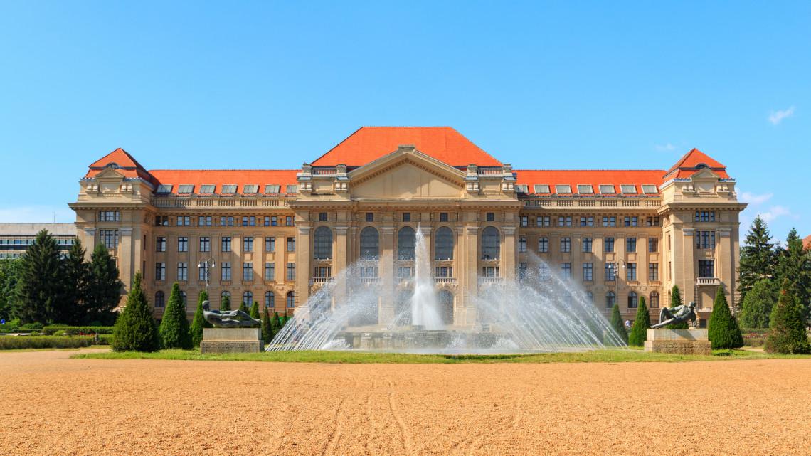 Elitegyetem vidéken: Debrecen a legjobbak között