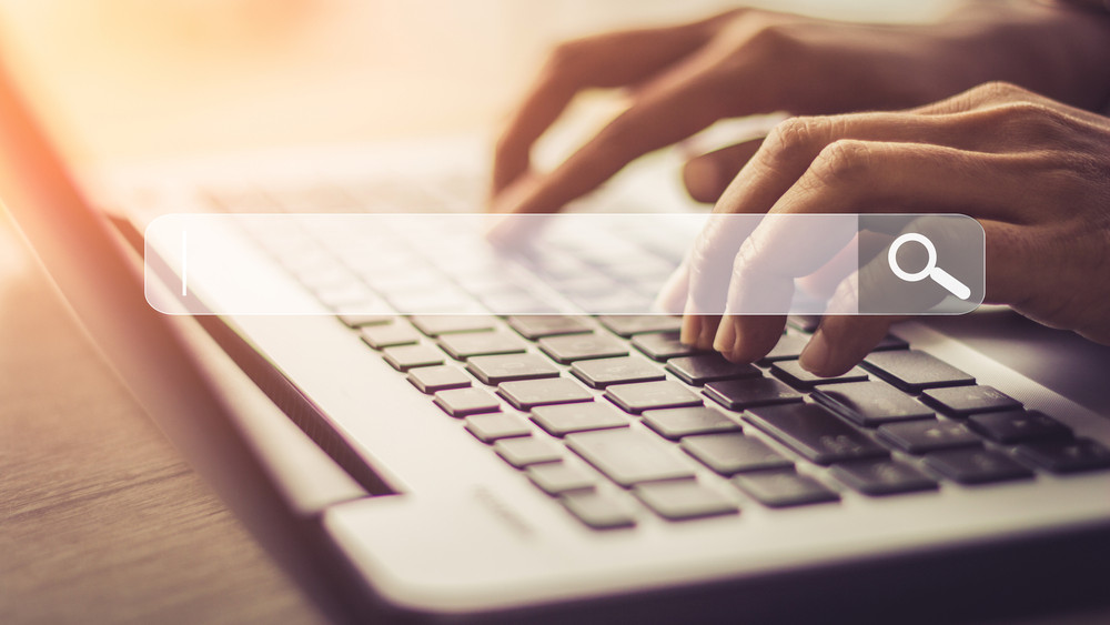 Leoldják a digitális korlátokat: hamarosan beindul a Szupergyors Internet Program