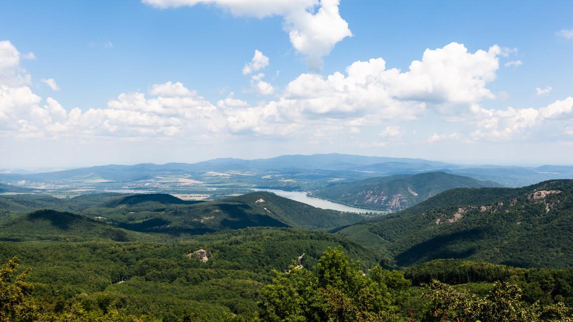 Tippek a bakancslistádhoz: új turistaútvonalak lettek a Pilisben