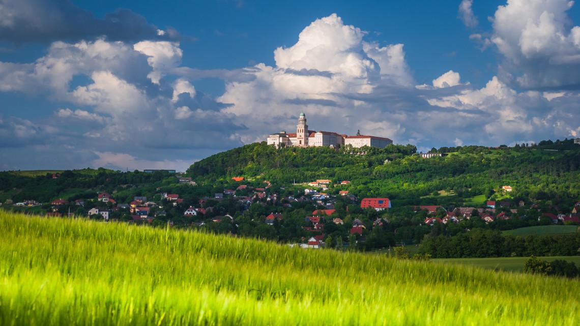 Így hódítja meg a magyar vidéket a csúcsgasztronómia: 2 étterem, aminek imába foglalhatod a nevét