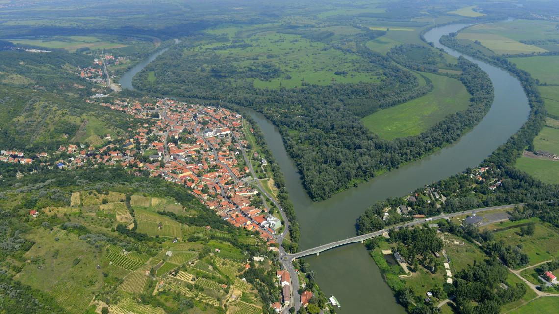 Páratlan összefogás Tokajban: így pezsdítik fel a civilek a szendergő világörökséget
