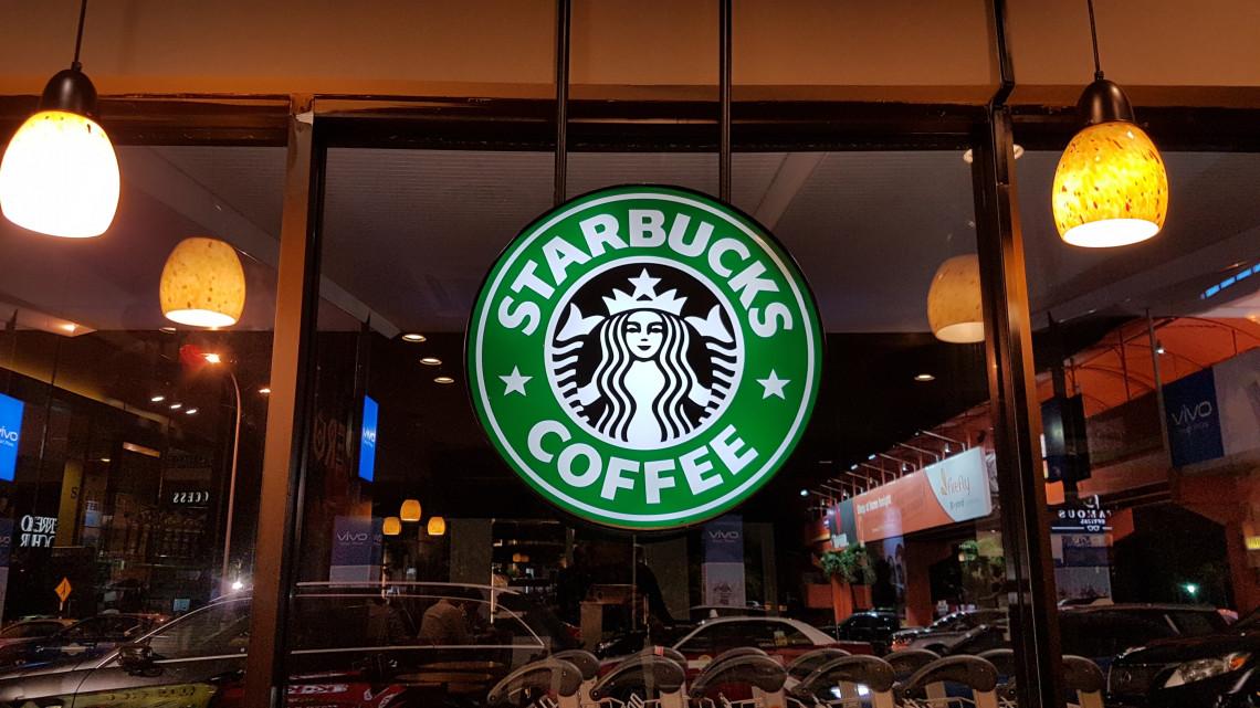 Szűz országrészt hódítana meg az amerikai kávémulti: ezek a láncok terjeszkednek a magyar vidéken