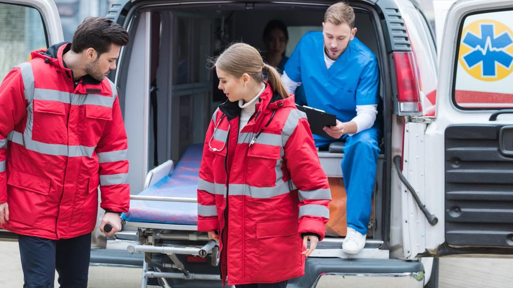 Több mint 5000 esethez hívták ki a mentősöket az ünnepek alatt