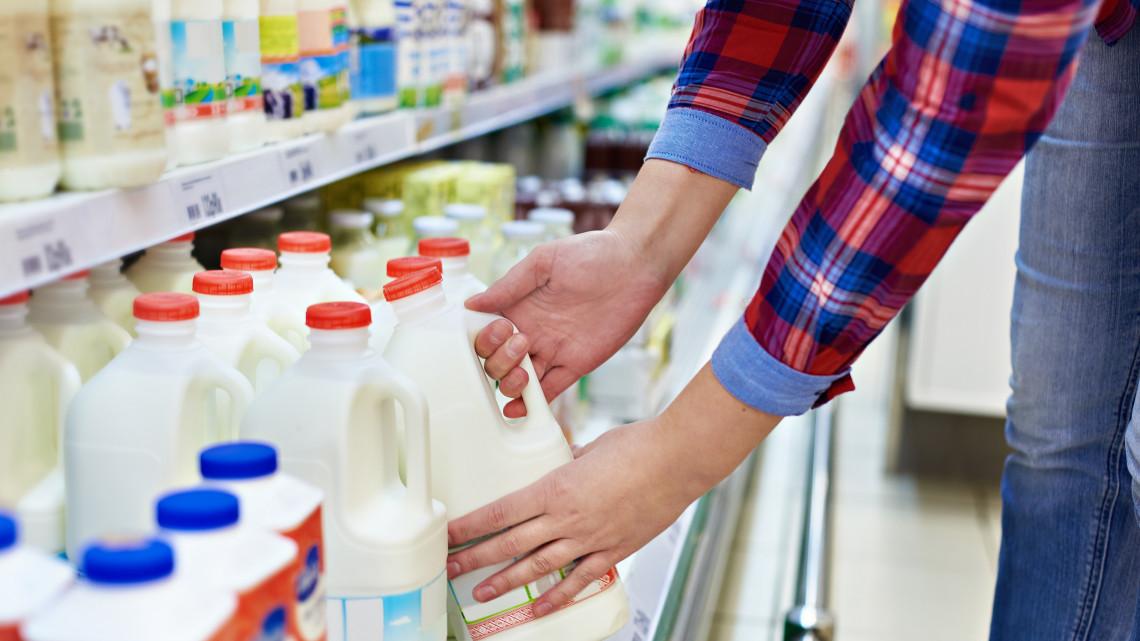 Nesze neked áfacsökkentés: nemhogy olcsóbb, drágább lesz a tej