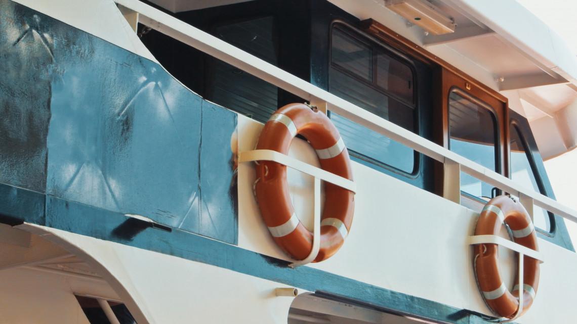 Luxus a Tiszán: kiderült, milyen nyaralóhajókat lehet majd bérelni