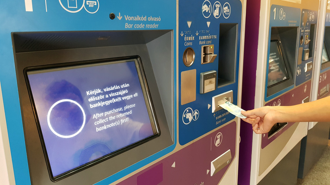 Új készpénzes és bankkártyás fizetésre alkalmas jegyautomatákat telepít a MÁV