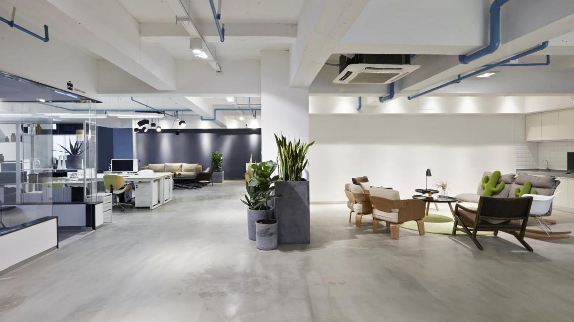 Üres épületek hasznosításával segíti a kezdő vállalkozásokat az alföldi város