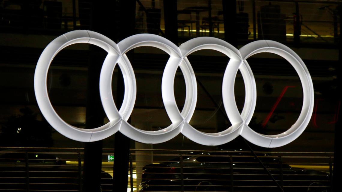 Egyre nagyobb bajban van az Audi: már több európai gyárban is akadályozza a munkát a győri sztrájk