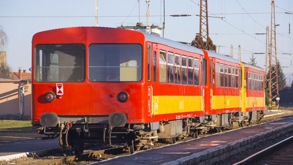 Ez a 14 vasútvonal lehet veszélyben: mutatjuk a listát