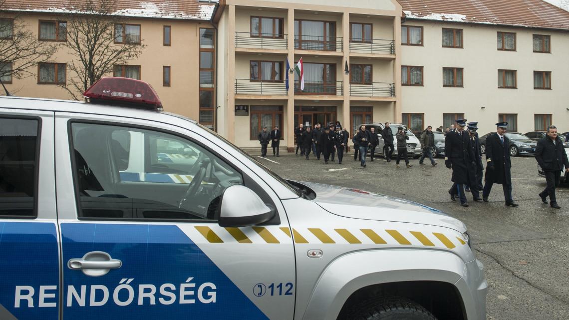 Bekeményít a rendőrség: rejtett traffipaxok, titkos ellenőrzések következnek