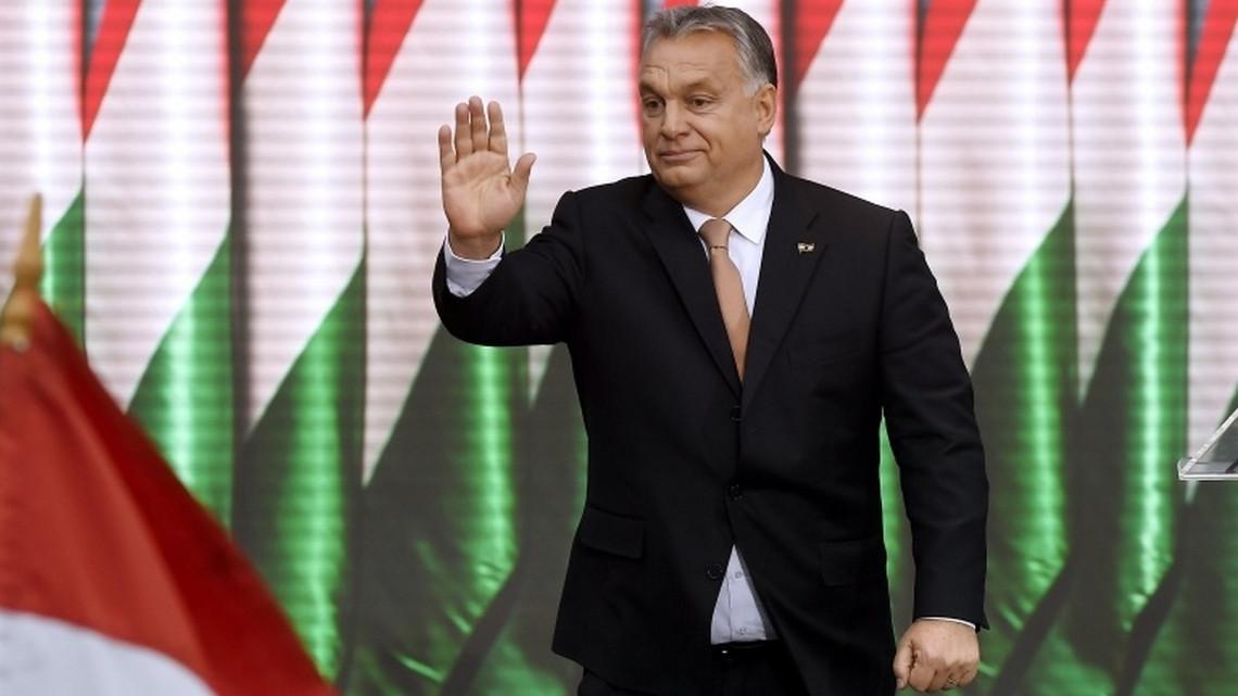 Bejelentették: milliókat kapnak ajándékba a magyar családok - 7 pontos csomag jön
