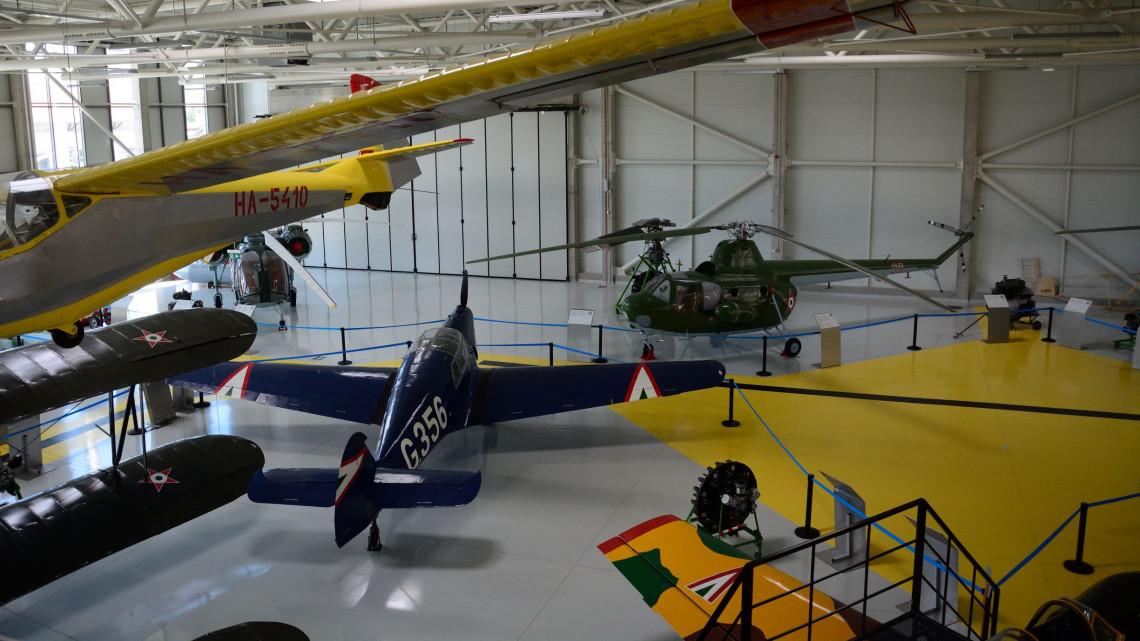 Pizsamaparti és 4D-s szimulátor: ezekkel a programokkal támad a Szolnoki Repülőmúzeum