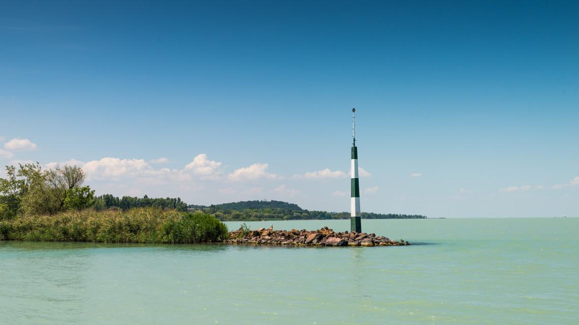 Feszültség a lakossági fórumon: mégsem lesz toronyház a Balaton-parton