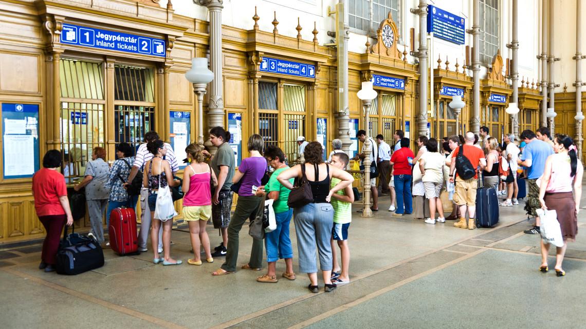 Rekordokat döntöget a magyar vasút: egyre többen utaznak vonattal