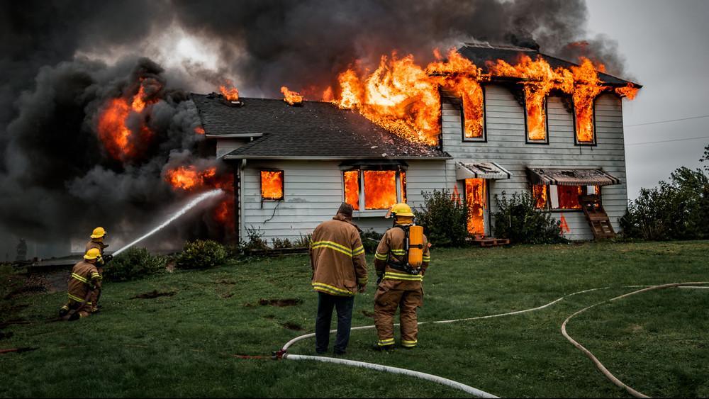 Nem unatkoztak a tűzoltók: sok lakás gyulladt ki januárban