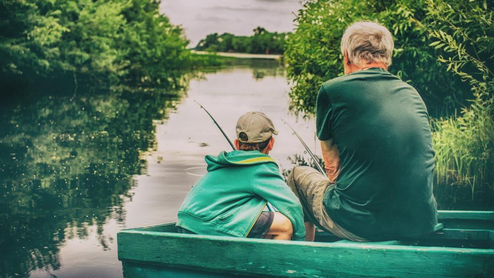 Pecások figyelem: horgászkártyával váltanák ki a papíralapú okmányokat