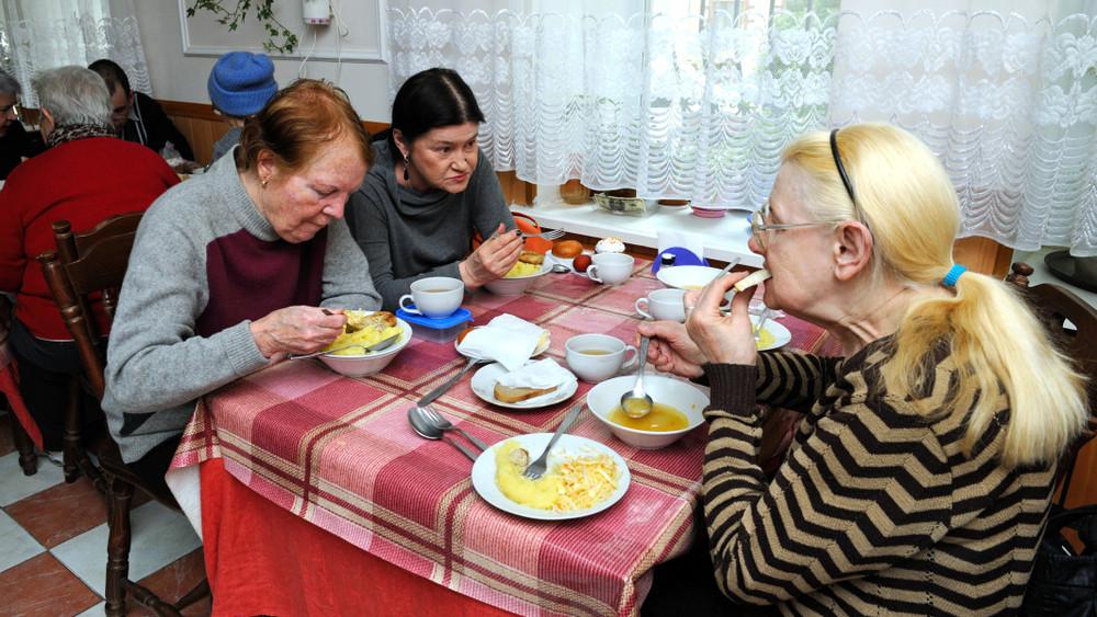Bujkáló családok a szakadék szélén: még hogy Magyarországon nincs éhezés