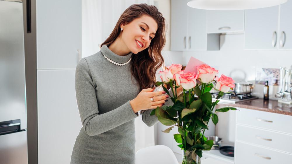 Nők véleménye a nőnapról: ajándékot kapnak a párjuktól, segítséget már kevésbé