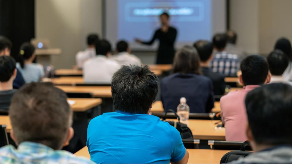 Sikeresen törlesztenek a diákhitelesek: már kétszázezren visszafizették tartozásukat