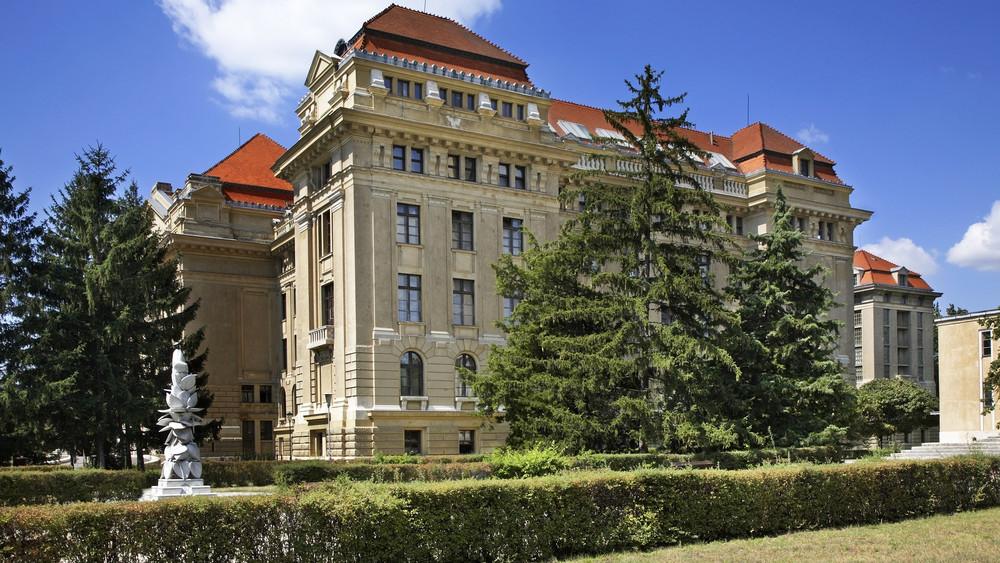 Megrendezték az első táplálkozástudományi konferenciát Debrecenben