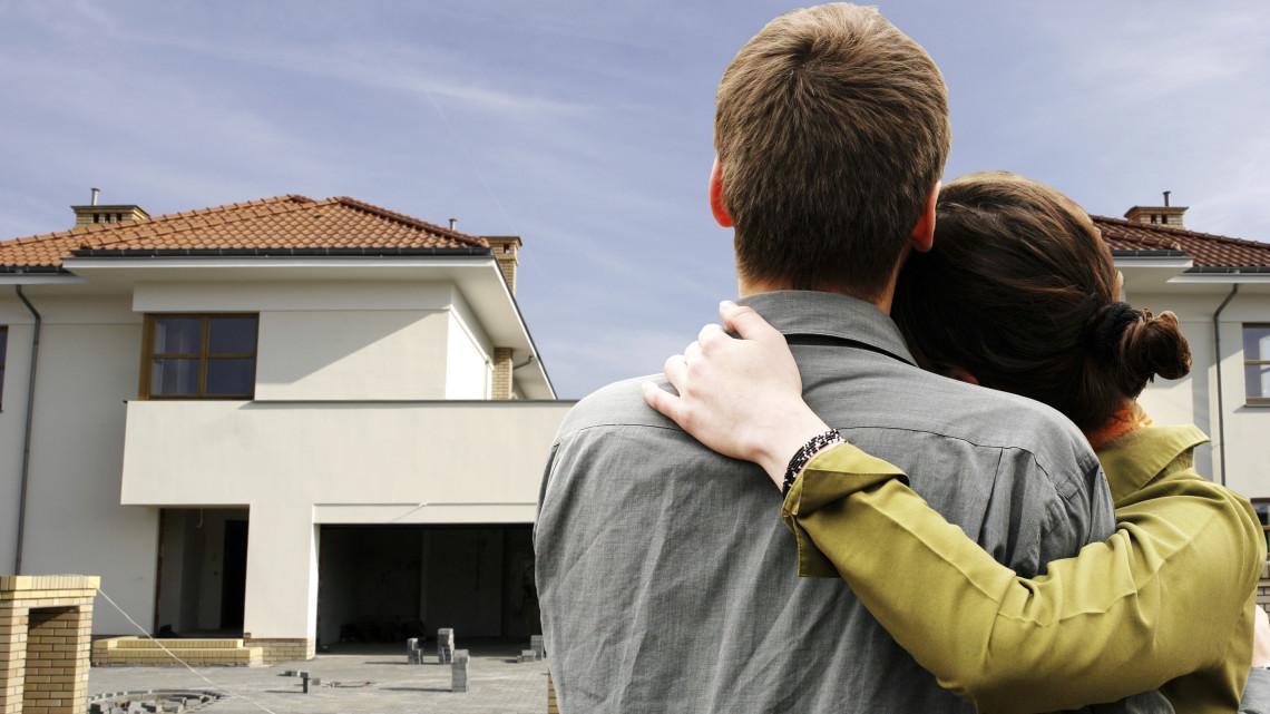Újabb változás a CSOK-ban: júliustól már használt ingatlanra is fel lehet venni