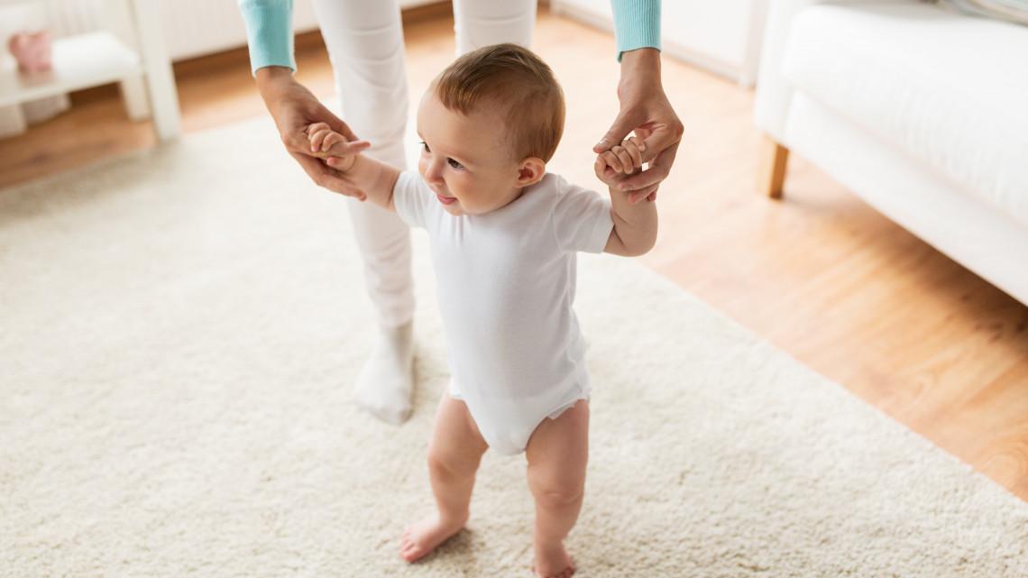 Új hírek a babaváró hitelről: tisztázódtak a feltételek