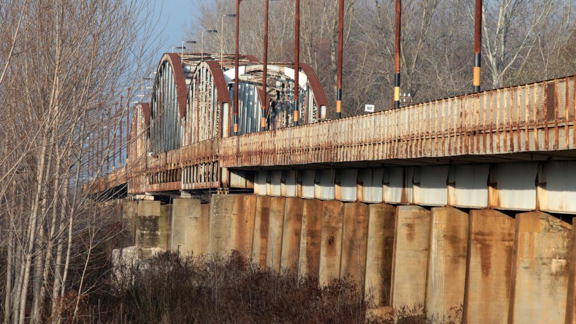 Újjáéled Magyarország egyik legkülönlegesebb hídja: így változik a közlekedés