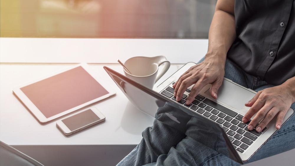 Jász-Nagykun-Szolnok megyében is hasít a Szupergyors internet