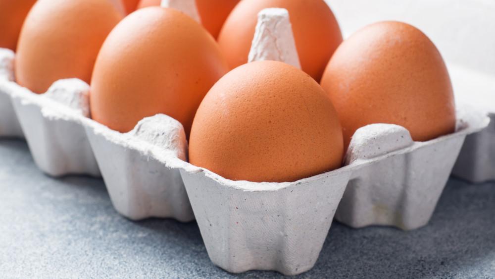 Ennek nem fognak örülni a háziasszonyok: nagyot drágul húsvétig a tojás