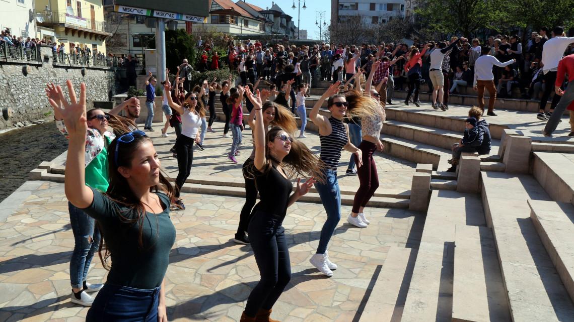 Táncos fesztiválok Magyarországon: Veszprém és Miskolc is kitett magáért