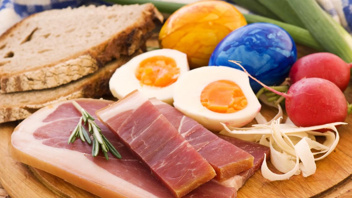 Sonkából nem lesz hiány: húsvéti termékdömping várható a boltokban