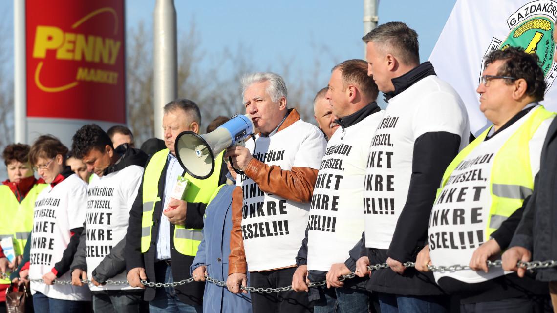 Kirobbant a tejháború: bojkottra készülnek a gazdák