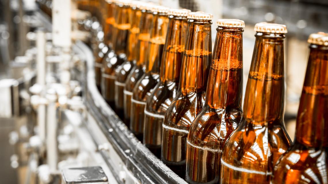 Profilt váltott a Pécsi Sörfőzde: a minőségi magyar sör leszámol a silány importtal
