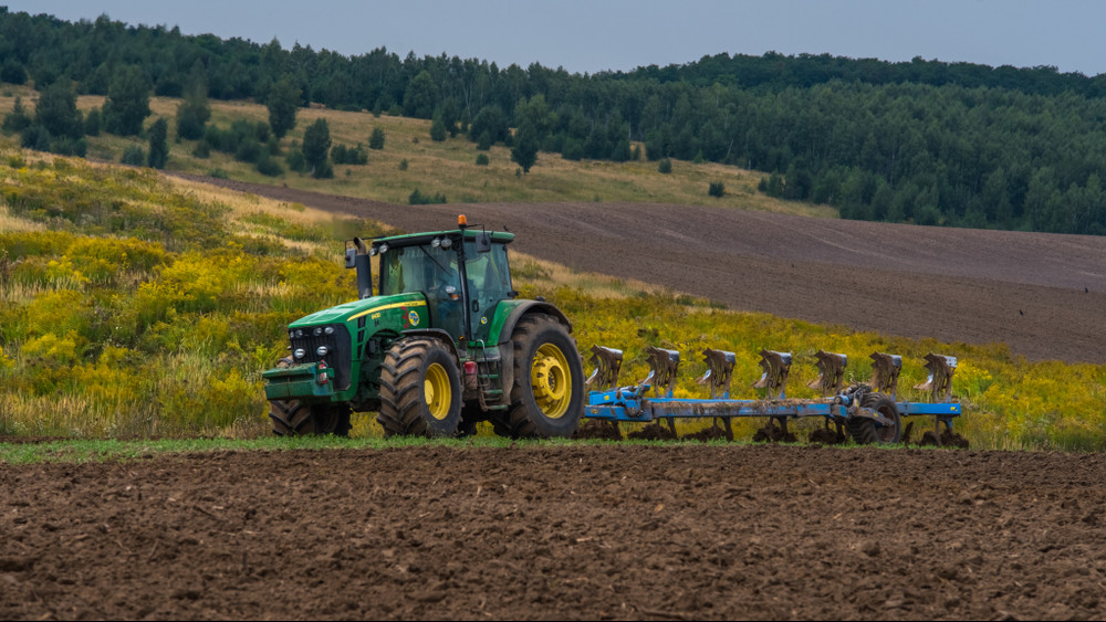 Búza, kukorica, árpa, zab: Zalában jól haladnak a munkával a gazdák