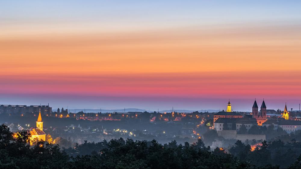 Óriás vásárral egybekötött turisztikai szezonnyitóval debütál Veszprém