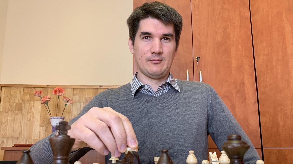 Évekig húzódó sakkjátszma dúl Somogyban: Egy apró hiba is végzetes lehet