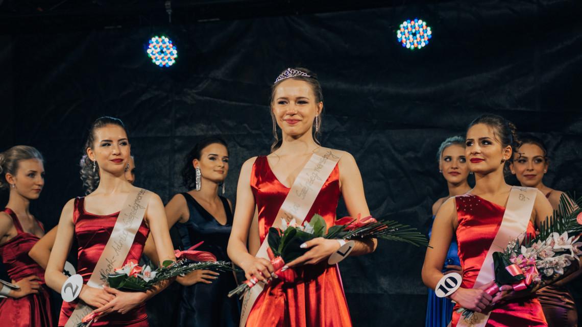 Fotók: ez a gyönyörű lány lett a Makói Hagymatikum MISS ALPOK ADRIA győztese